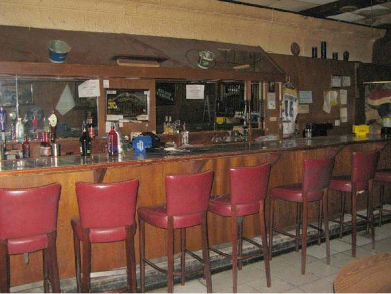 1429 - First Level Bar